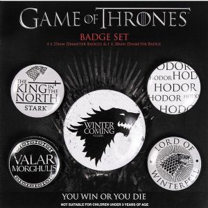 Game of Thrones 5 Pin Badges 'Winter is Coming' in Pack (py)